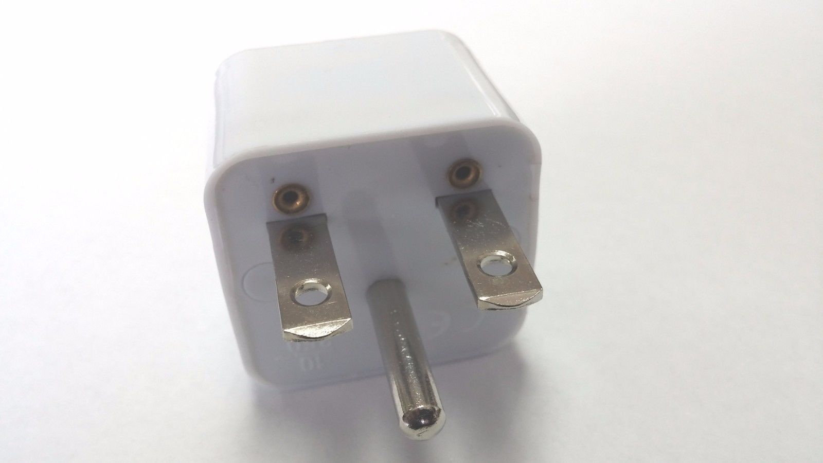 Seven Star - SS433 W Nema 6-15 Plug To International Adapter for USA ...
