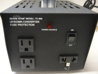 Seven Star TC800 800 Watt Voltage Converter Transformer w/3 Outlets 110v to 220v